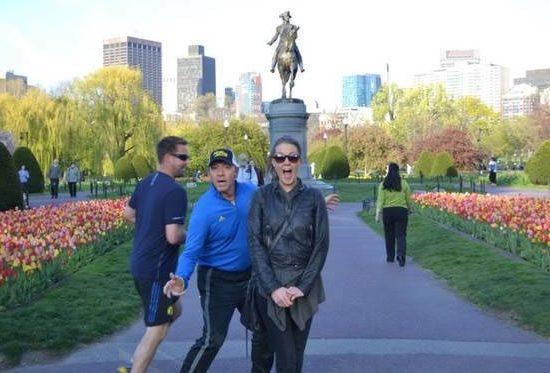 """""""miga, tira uma foto minha aqui na frente da estátua e"""" PAH, KEVIN SPACEY"""